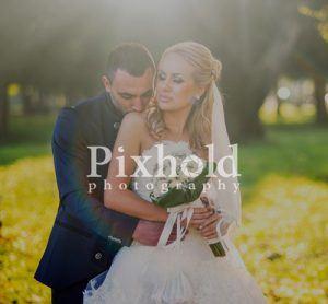 Контакти с Pixhold фото студио